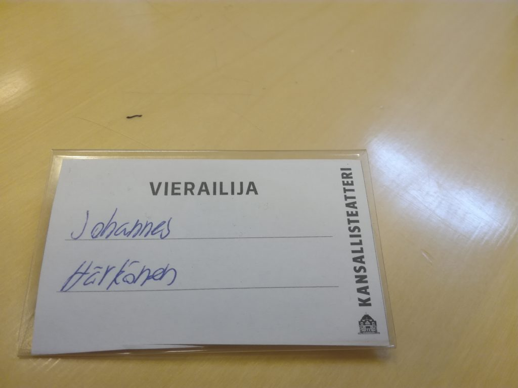 Opintomatkalaisen vierailijakortti